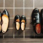 イタリア人も靴を脱ぎ始めた!靴の裏の雑菌とそのケアを考えよう